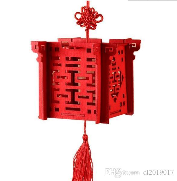 Linterna china roja de madera del corte del laser de la boda la caja del caramelo para la novia ducha de dos cajas del favor de boda de la felicidad
