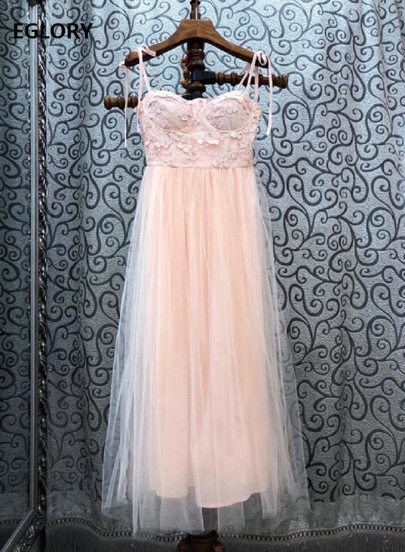Hochwertige neue Bügel-langes Kleid 2020 Sommer-Bonbon-Partei-Damen Luxurious Stickerei Mesh-Patchwork-Rosa-Blau Aprikose Maxikleid
