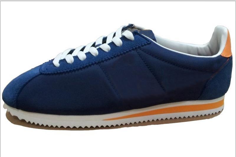 Venta al por mayor Classic Cortez Basic SE Nylon venta al por mayor zapatillas de deporte baratas Hombres Mujeres Running Sport Shoes