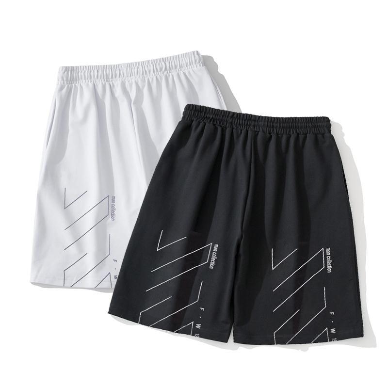 Pantalones cortos para hombres 2020 nuevos cortocircuitos ocasionales de los pantalones cortos de deporte de alta calidad de los hombres cómodos pantalones de cinco minutos al aire libre de los pantalones de diseño de tendencia SH12