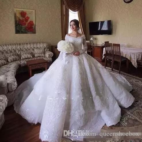Dubai Arabic Luxury Designer Wedding Dresses Off Shoulder Lace Jewels Crystals Wedding Bridal Gowns with Long Sleeves Lace Wedding Gowns