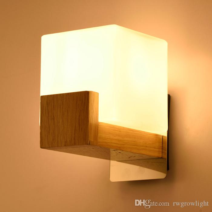 Estilo europeo Arte decoración de la pared de la lámpara LED de noche dormitorio pasillo interior Inicio accesorios ligeros E27 Lámparas de pared de madera para sala de estar L138