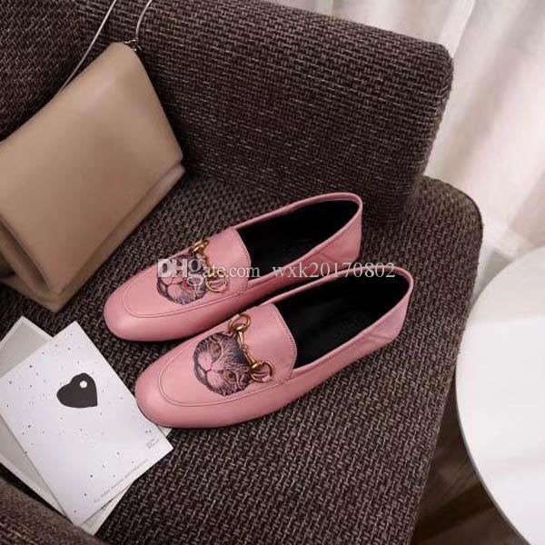 NEhot Verkauf Mokassin Loafers berühmte Marken-Designer-Reise-Prom Wohnungen Metallschnalle Ballerinas Frauen Schaffell echtes Leder Schuhe Sz 35-41