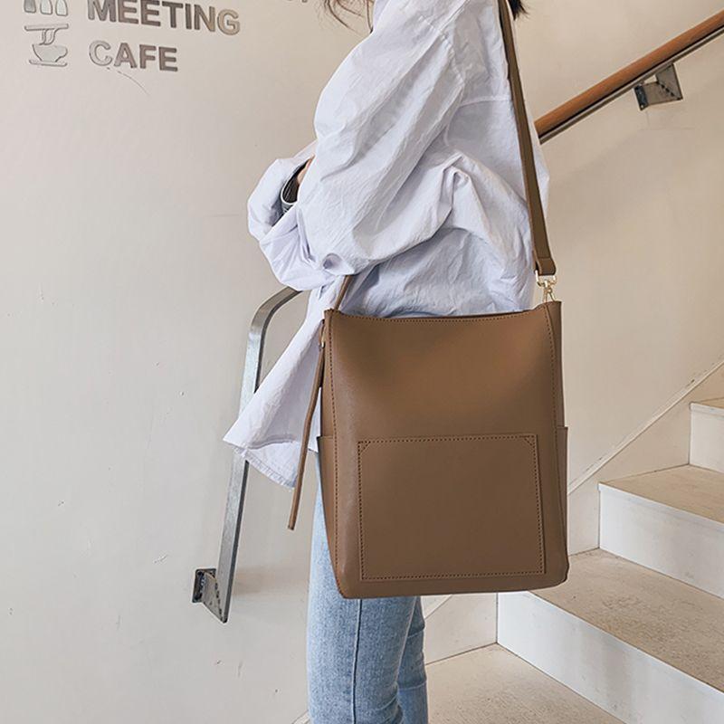Foreigner Large Capacity Messenger Bag Shoulder Bag Simple Fashion Personality