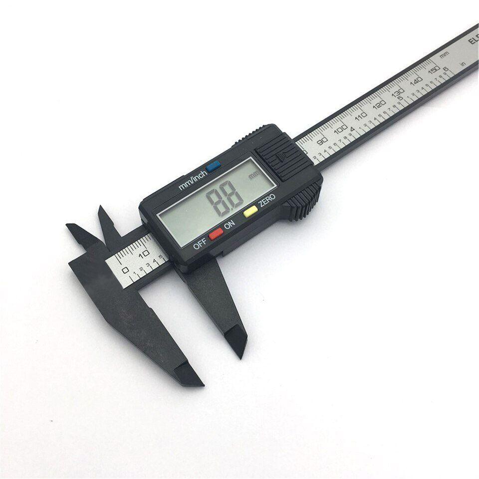 Vernier Caliper 0-150mm 6-Zoll-Messwerkzeug Kunststoff-LCD-Digital-elektronisches Carbon-Faser-Lineal Spur Mikrometer