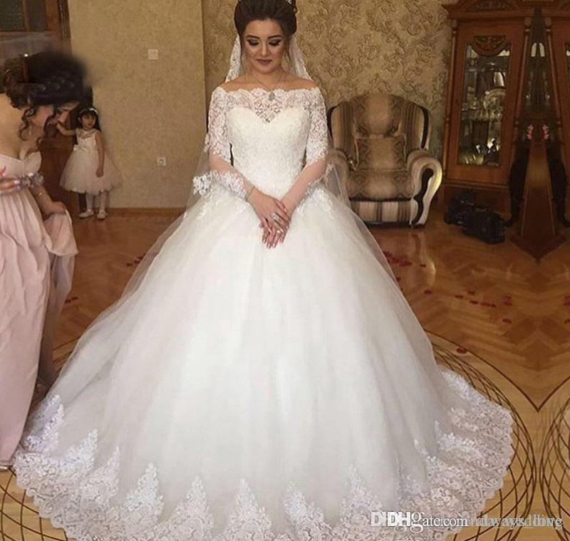 2019 White Amazing Saudi Arabic Dubai Lace Appliqued Wedding Dress Pricness Off Shoulders Ball Gown Bridal Gown Custom Made Plus Size
