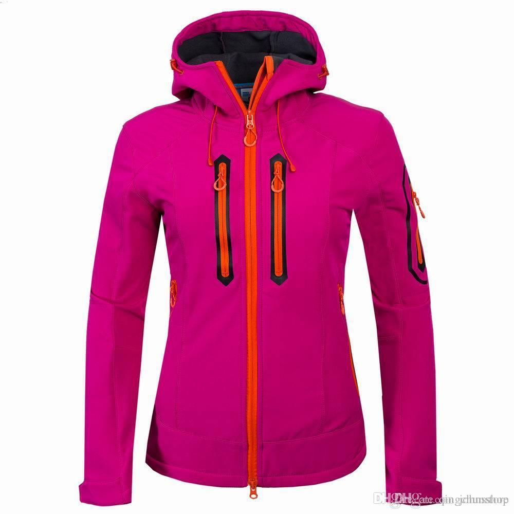 New ladies outdoor climbing casual tops sports camping jacket composite fleece soft shell clothing jacket Women's coat