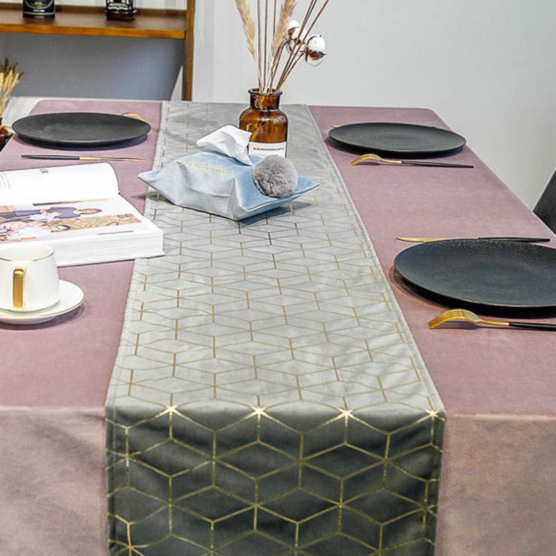مطبوعات جدول علم السرير أعلام بلاسيمات فندق الصف الأعلى ديكور الطاولة DBC BH3321