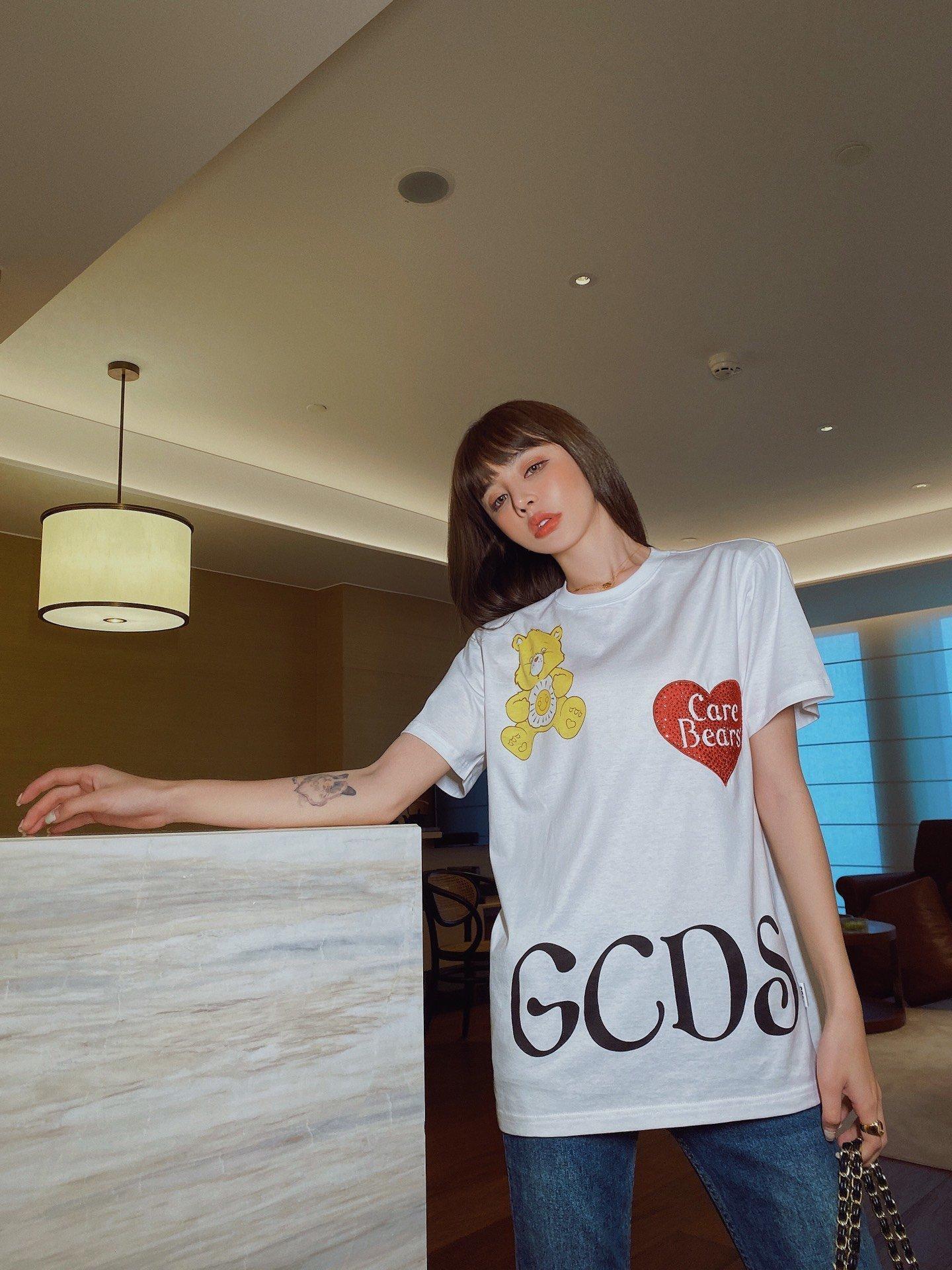 Tasarımcı kadın giysileri bluzlar kadınların yaz iyi acele moda favori yeni listeleme zarif AED5 AED5 AED5