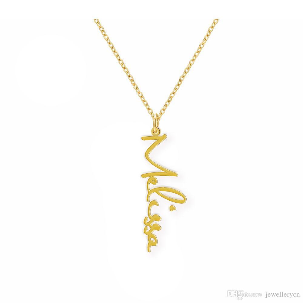 Fertigen Vertikale Namensschild-Halskette für Frauen-Mädchen Personalisierte 18k Gold überzogen Kursivguß arabische Handschrift Anhänger Geburtstagsgeschenk