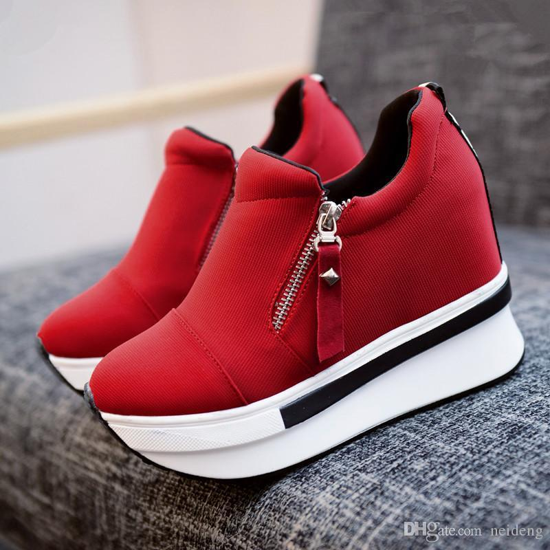 Vendita calda-2019 Scarpe nuova delle donne della piattaforma cuneo 7.5CM High Heel Zipper casual rosso traspirante Altezza increaseing Canvas donna Sneakers