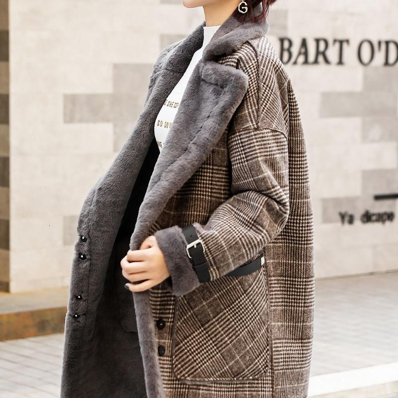 2019 Women Winter Coat Turn Down Collar Fur Women Long Plaid Jacket Coat Fur Inner Feece Coat Casaco Feminino Plus Size Parka T190926