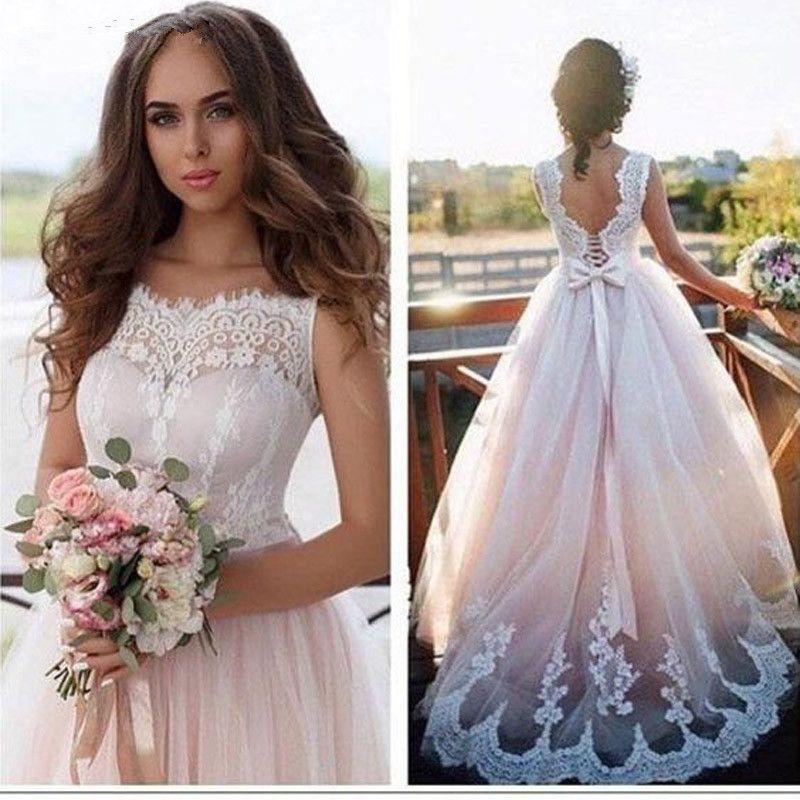 Elegante Rundhalsausschnitt Spitze A Line Boho Brautkleider 2019 ärmellose Tüll Applique Gericht Zug Sommer Strand Hochzeit Brautkleider