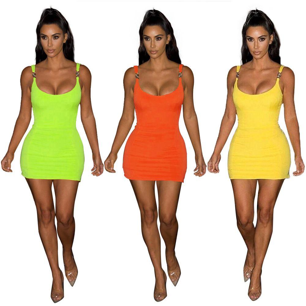 Fashion Star Robe Spaghetti Strap Robe moulante 3 couleurs d'été sexy Mini-robe pour Party Livraison gratuite