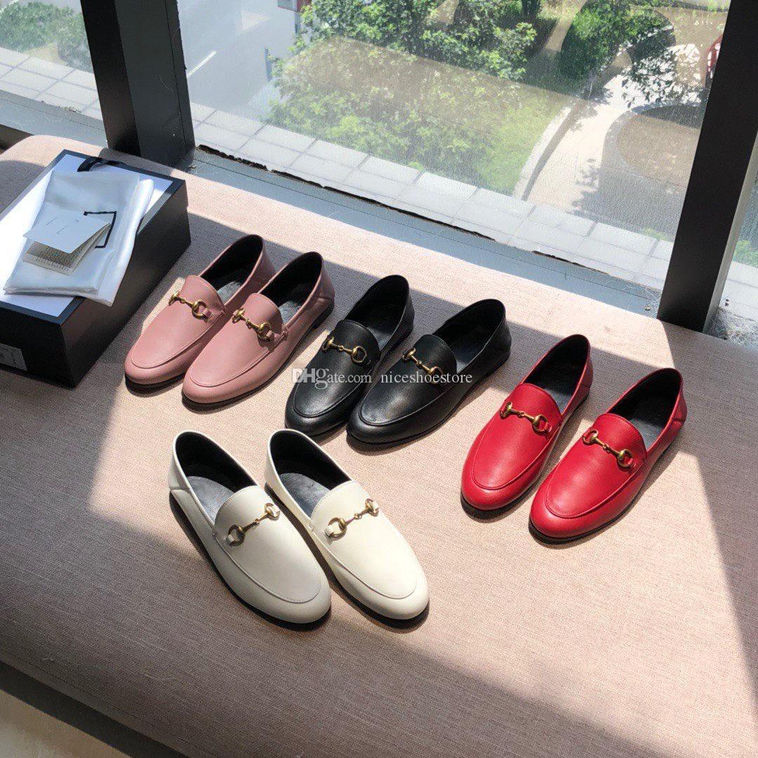 Designer der Frauen der Männer Luxusfreizeit Maultiere Faulenzer gleiten auf Leder Samt Wohnungen Schuhe Stickerei Trensen Männer Mädchen Mode EUR34-45 Schnalle