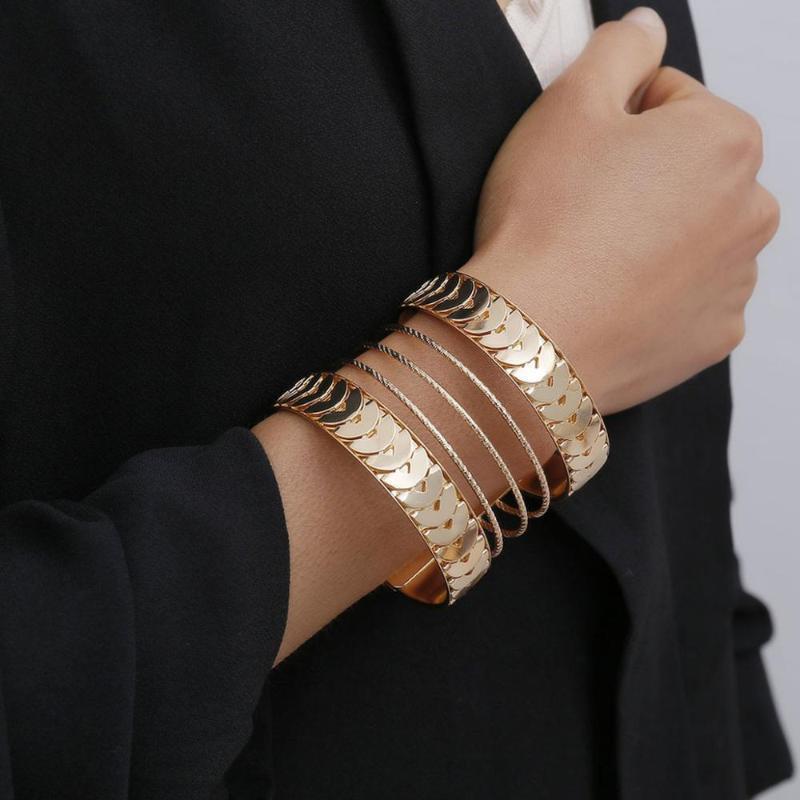 Lacteo Boho multi Barcelet Bangle bijoux pour les femmes Déclaration Summer Beach Fashion or Circle Round Charm Bracelet