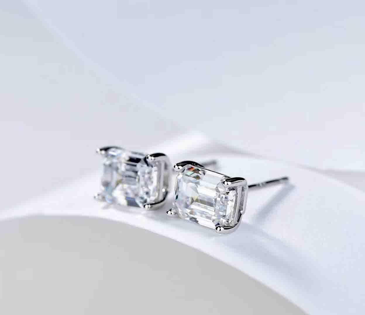 argent Fashion-S925 charme de luxe féminin de qualité OREILLES Décore diamant carré femmes cadeau de mariage PS6818A