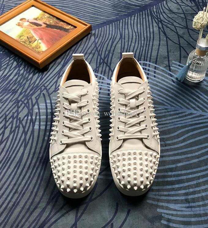 Vente chaude Marques Blanc junior Sneakers Chaussures pleine Spikes luxe Rouge Casual Bas pour les hommes, les femmes de planche à roulettes Sneakers EU35-46 avec la boîte