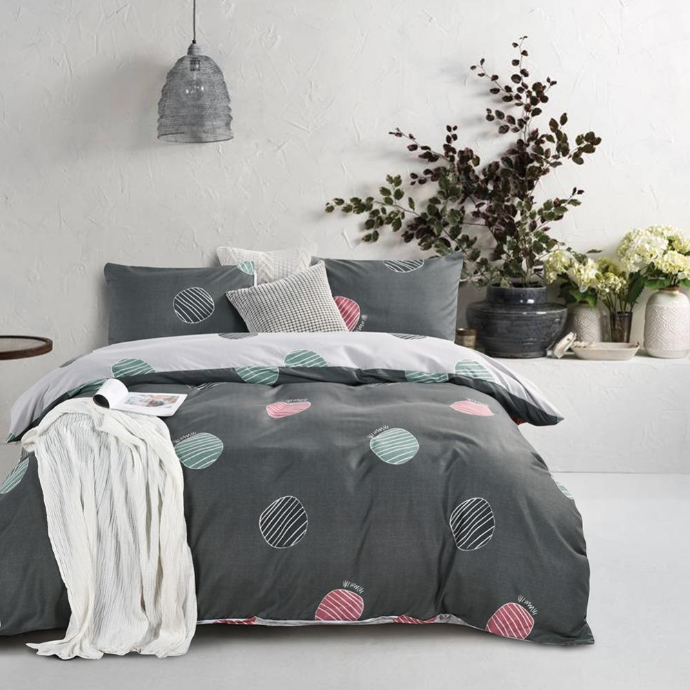 Free shipping Holiday Gift Reversible Geometric Dots pattern Bedding Quilt duvet cover set with pillow case Twin Queen King Size