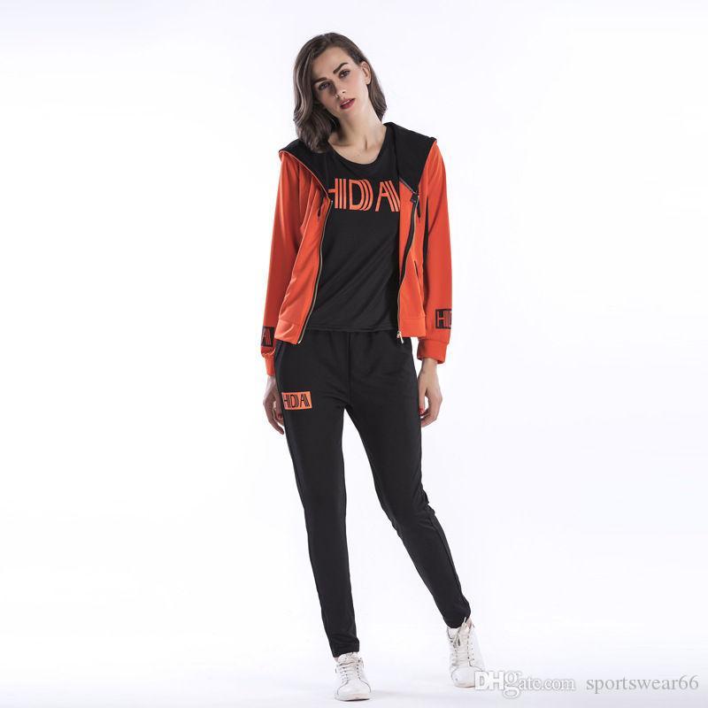 Письмо печати женщин 3шт костюмы Мода Стиль Casual Женская 3шт наборы Tshirts Кардиган Брюки Женщины Одежда