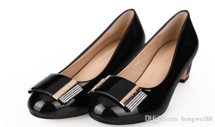 2019 Chaussures pour femmes au printemps et à l'automne avec talon moyen de style nouveau talon rond et talon grossier @ 269999