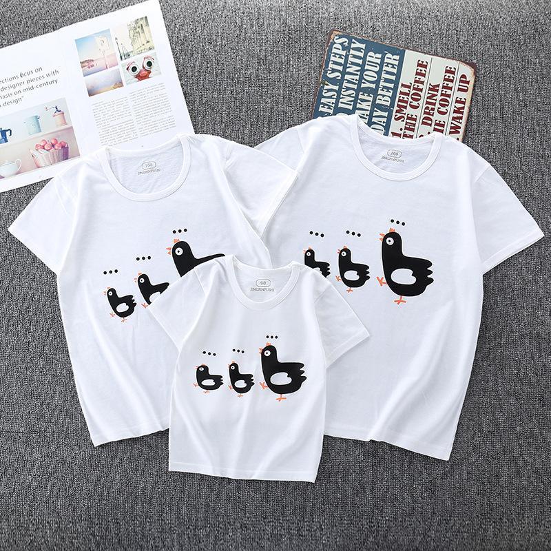 Ebeveyn-çocuk yazlık elbise 2020 yeni bir aile üç rahat aile giyim yaz Kore versiyonu ebeveyn-çocuk kısa kollu t-shirt pamuk