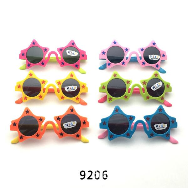 Occhiali da sole per bambini Cartoon Colourful da sole del bambino degli occhiali da sole Ragazzo Occhiali da sole di gomma para Niños Pequenos ygbEG