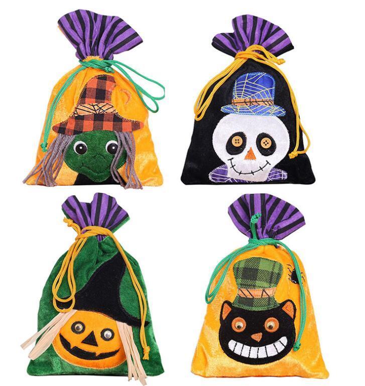 Borsa con coulisse di Halloween tessuto non tessuto Borse portatile Ghost Pumpkin Skull Festival Decorazione del partito Decorazione di caramelle Borsa regalo 4 colori GGA2507