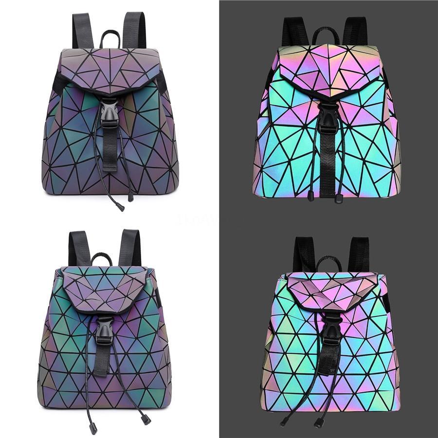 2020 nuevo de la vendimia de las mujeres bolso de cuero genuino cocodrilo de lujo Mochila Mujeres bolsas de diseñador láser Bolsas para mujeres Mochila T200605 # 926