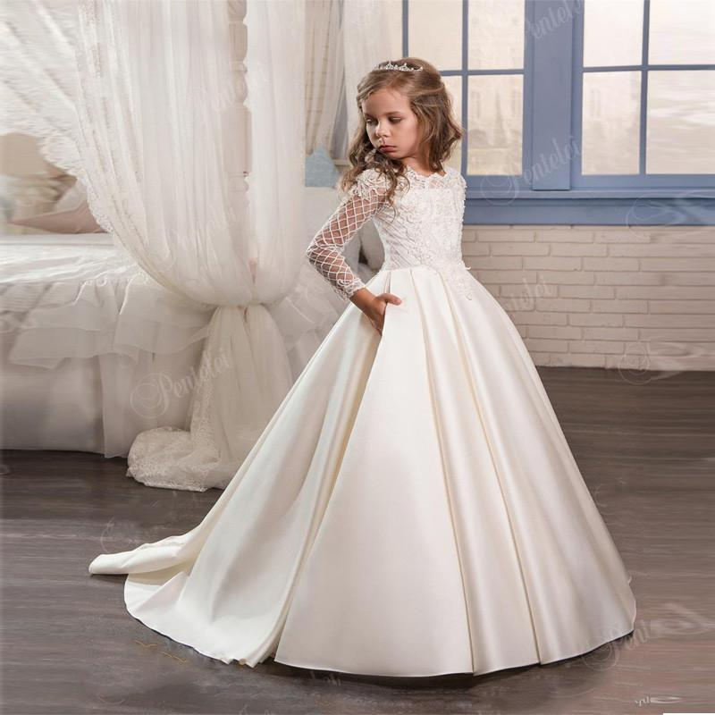 2020 New Cute Cheap Ivory Flower Girl Dresses For Wedding Custom Made New Arrival Hot Pageant Dress Long Sleeves and Appliques Satin