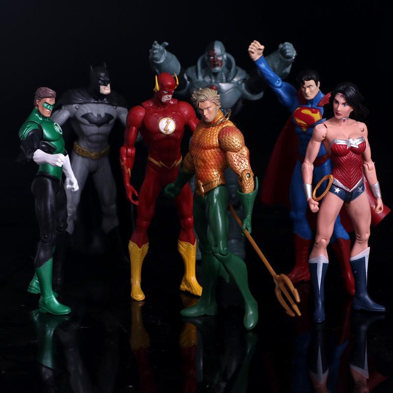 애니메이션 피겨 슈퍼 히어로 배트맨 그린 랜턴 플래시 슈퍼맨 원더 우먼 Pvc 액션 피규어 키즈 장난감 인형 모델 17cm C19041501