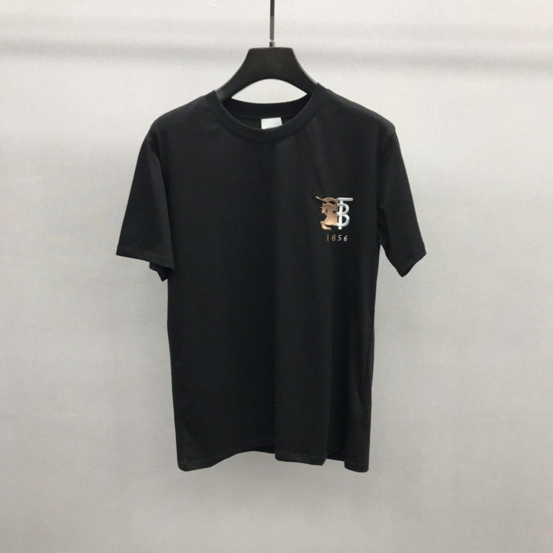 2020 British principios de la primavera verano otoño último estilo negro y blanco de alto nivel camiseta hombres y mujeres de alta calidad de la moda camiseta ocasional
