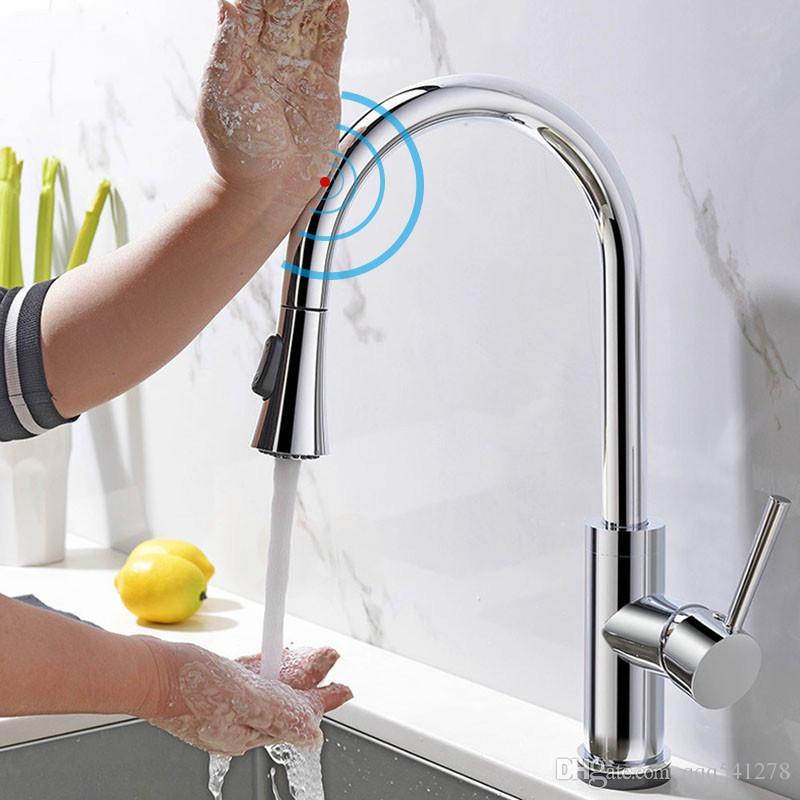Touch Sense Control Superior Grifo de la cocina Extraíble Funciones dobles Latón macizo Cromado Fregadero de la cocina Mezclador de agua Grifo