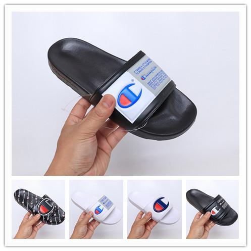 2019 Designer Champions Infradito Pantofole Moda Uomo Donna Estate Pantofola Pantofola Casual Sandali di alta qualità Copriscarpe Taglia 36-45