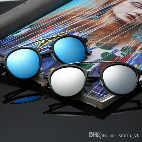 새로운 패션 더블 브리지 선글라스 남성 여성의 디자이너 50mm 라운드 Sun은 박스 케이스와 밴드 안경 안경