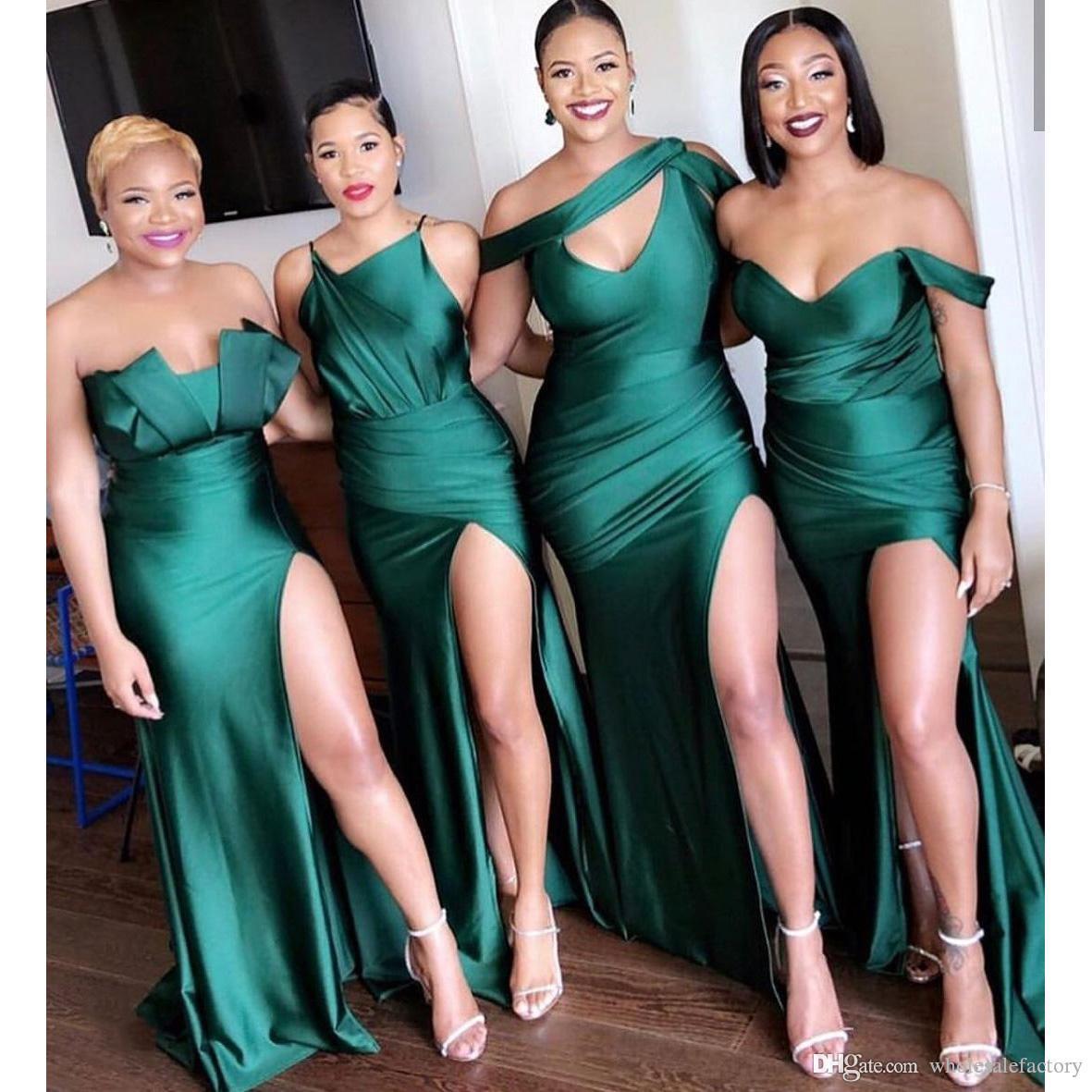 Smaragd Grün von der Schulter Afrikanische lange Brautjungfernkleider 2020 Gerafft Split Splating Guid Guid of Honor Kleider BM0199