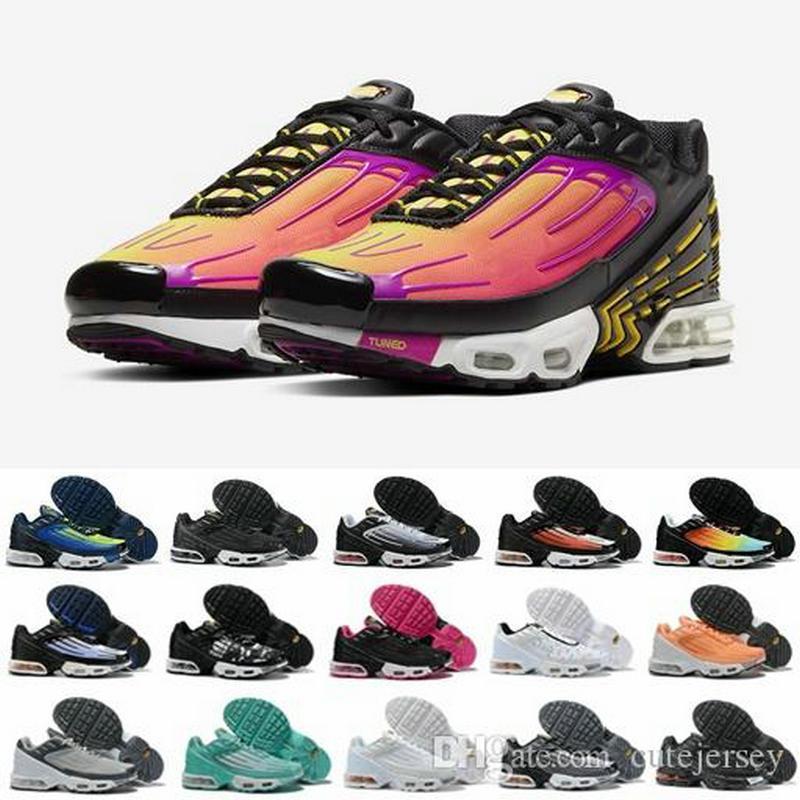 2020 Nueva Plus TN III 3 zapatos corrientes para los hombres de las mujeres des Chaussures Tuned Negro Blanco Naranja Tns Ultra entrenadores deportivos zapatillas de deporte Zapatos