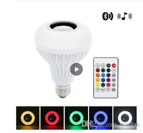 스마트 E27 LED RGB 음악 전구 무선 블루투스 스피커 음악 오디오 재생 24 키 원격 제어와 오디오 디 밍이 가능한 조명 램프