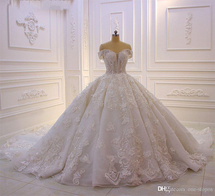 Sparkly frisada Off Shoulder vestido de baile vestido de casamento de luxo 3D Vestido de Noiva árabe Flores Lace Appliqued Princesa Vintage