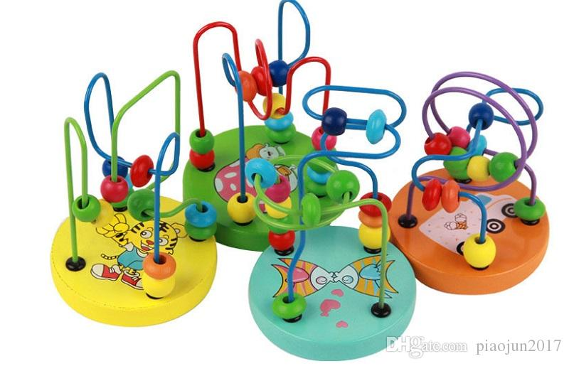 لعبة خشبية ملونة جولة البسيطة الخرز سلك لعبة المتاهة دائرة التعليمية الخرزة التنمية المبكرة اللعب (لون عشوائي)