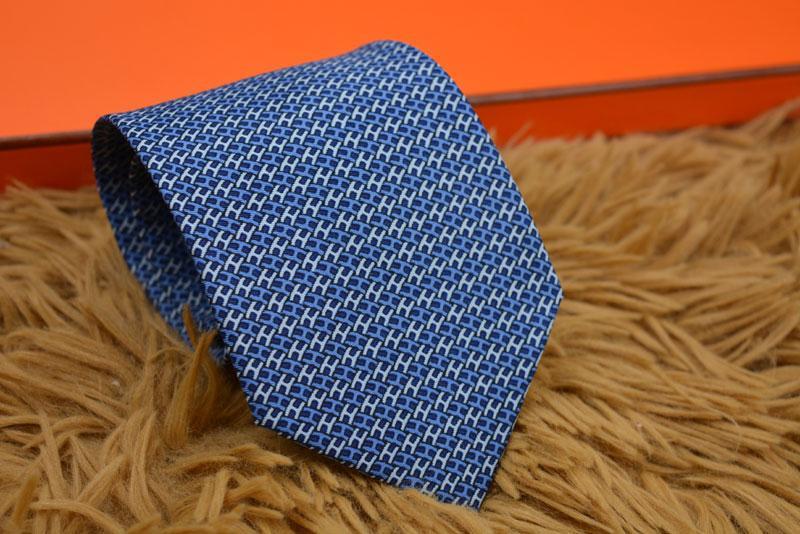 Gli uomini di affari formale Tie cerimonia nuziale di modo Legami Tempo libero Slim Tie limitare Freccia Cravatta Magro Lettera Data legame degli uomini casuali del partito del collo cravatta 039