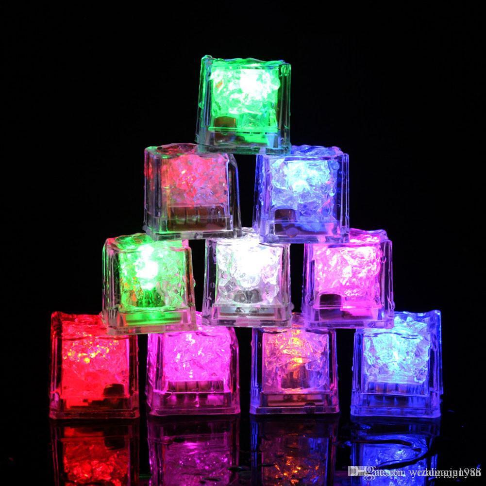 LED 아이스 큐브 바는 빠른 느린 플래시 자동 로맨틱 파티 결혼식 크리스마스 선물 크리스탈 큐브 물 Actived 라이트 업 7 색상 변경