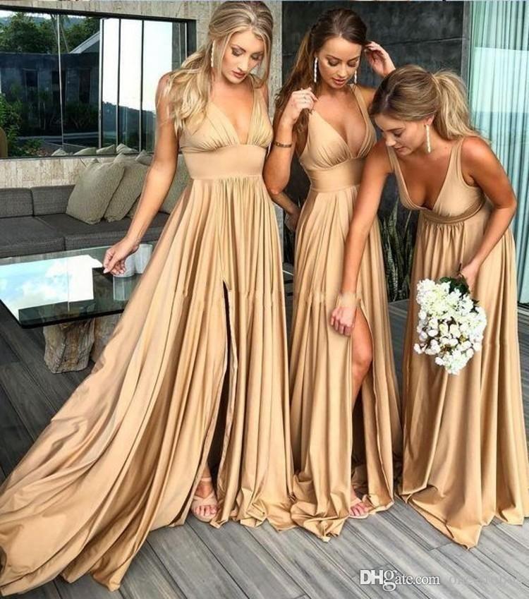 2019 Sexy Длинные золотые невесты платье Глубокий V шеи Empire Split Side Длина пола Шампань-Бич BOHO Свадебные платья гостей