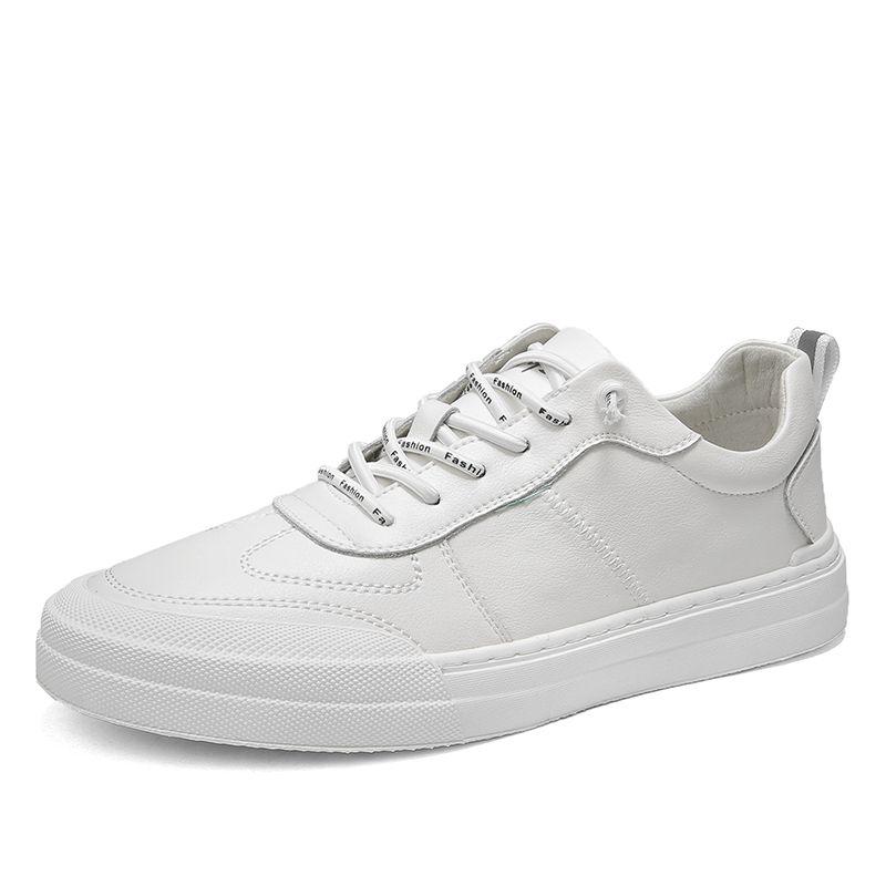 2020 Erkek Deri Sneakers Erkek Moda Flats ayakkabı erkekler Vulkanize Ayakkabı Yuvarlak Burun rahat ayakkabı erkekler Beyaz Günlük Ayakkabı% için