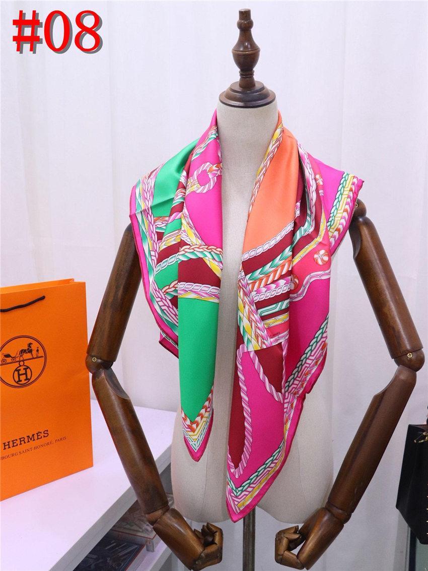 Bufanda de playa Mujeres faux Satén bufandas de seda foulard Square Head Wraps 2019 Nueva Moda Mantón de buena calidad