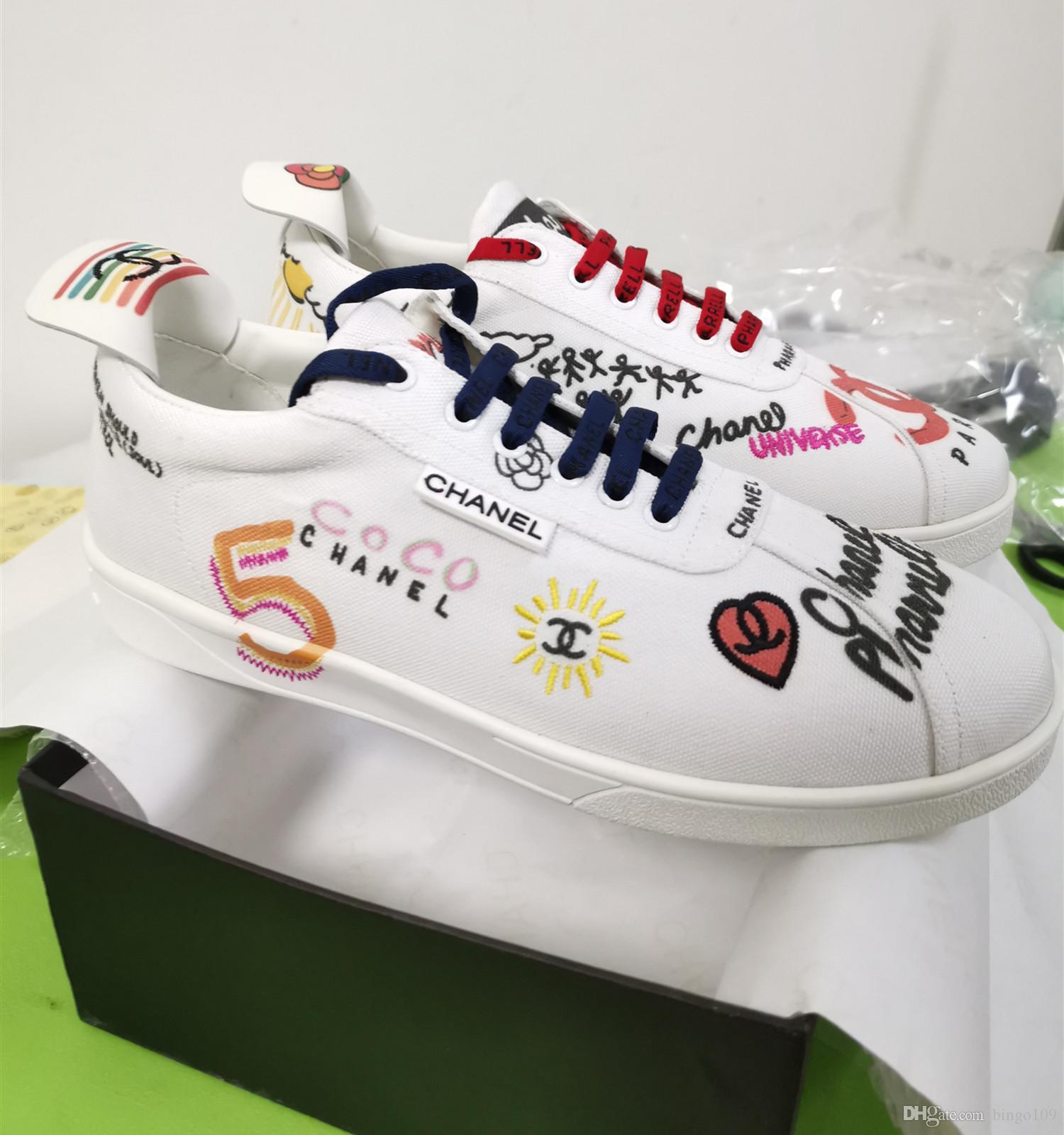 Branded Men White Canvas Graffiti Printed Flach Sneaker Stiefel Designer Lady Leder Schwanz weiche Gummisohle Schuhe