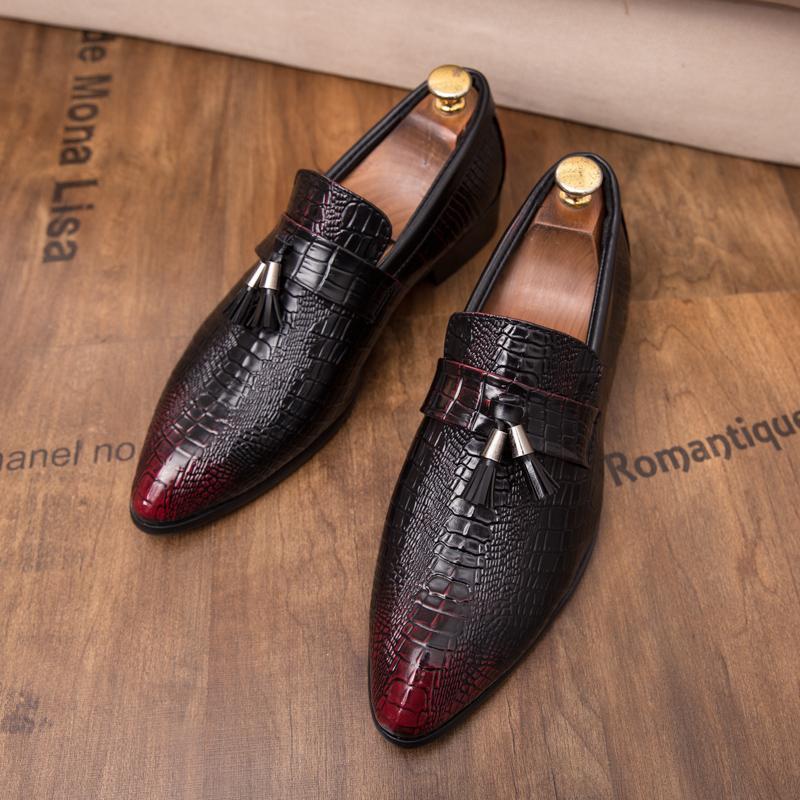 CIMIM Erkekler Ayakkabı Püskül Kabartmalı Düğün deri ayakkabı erkekler İtalyan İş Elbise Örgün Büyük Boy Brogue Casual