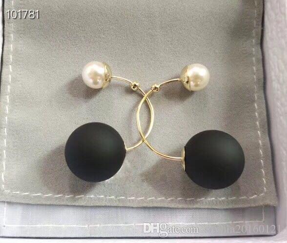 Clásico Diseñador Negro Sandy White Pearl Doble Doblado Round Loop Stud Pendientes Para Mujer Joyería