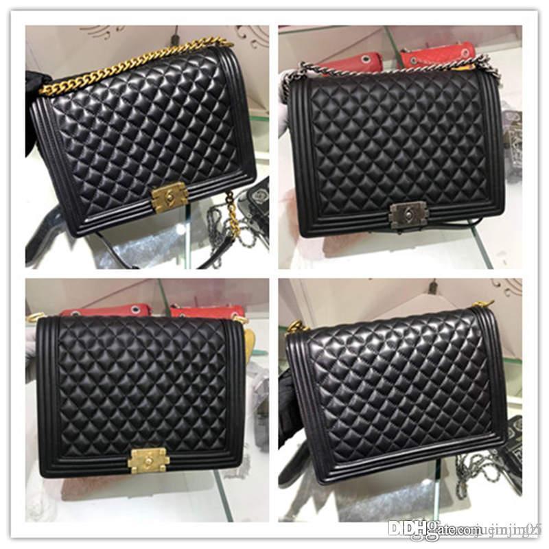 Tasarımcılar Boy Çanta büyük siyah Havyar Rutenyum Metal A67087 büyük oğlan torbası Büyük Havyar Deri Siyah leboy Boyutu: 30 * 21 * 9cm
