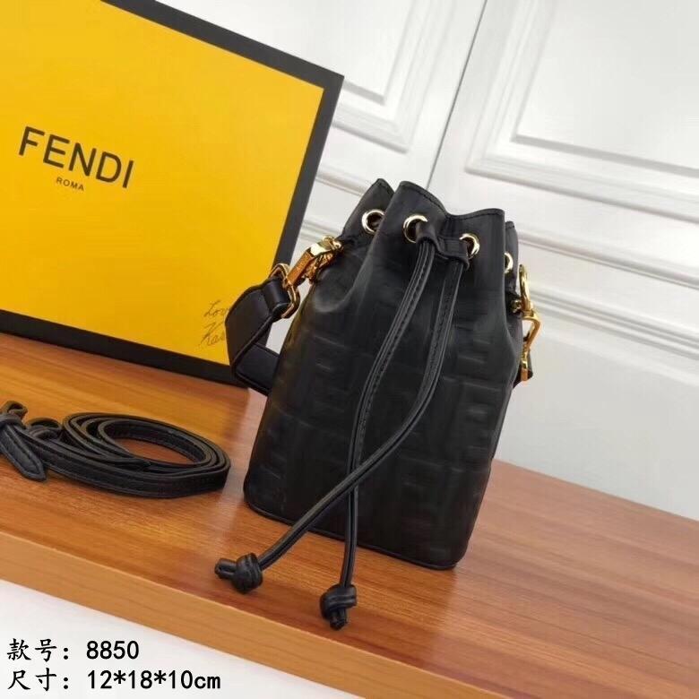 De moda de alta calidad bolso simples bolsas de hombro inclinado delicada dama elegante bolsa Cubo 022004